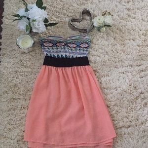 Colorful strapless dress 👗